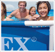 La structure est la base stable de chaque piscine Intex Metal Frame