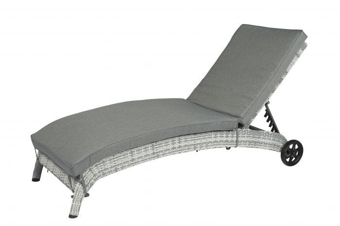 Chaise-longue-à-roulettes-